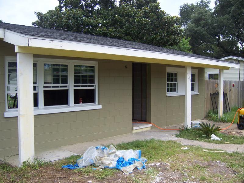 Outside House10